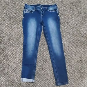 New without tags women's jeans